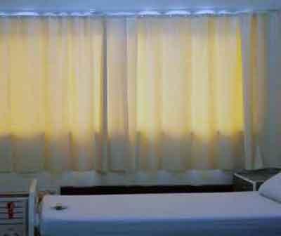 Curtains for hospital windows